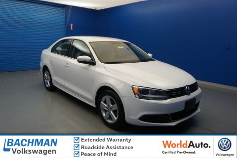 Pre-Owned 2013 Volkswagen Jetta Sedan TDI